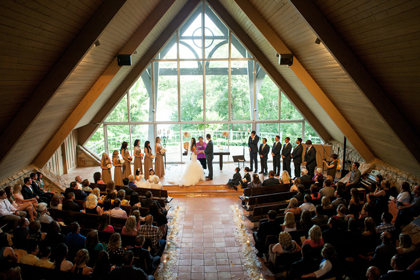 5 rustic tulsa wedding venues for Places to have receptions for weddings