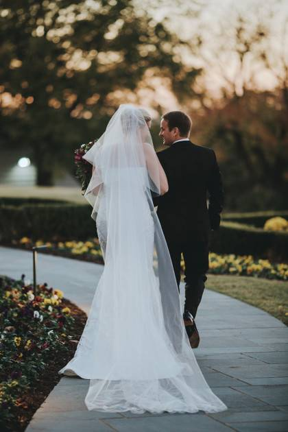 Fall wedding in tulsa bailey christopher for Wedding dress rental tulsa