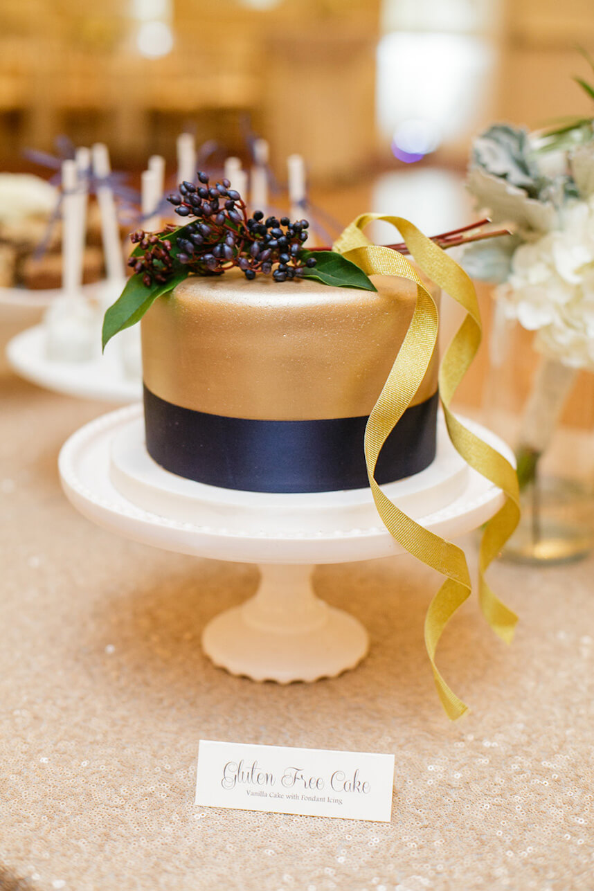Metallic Cakes 4 -Amy Cakes, AmandaWatsonPhotography_44