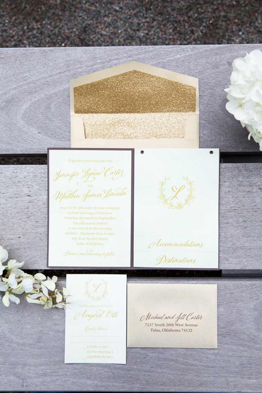 PaperGirl_EricaWeddings_RedeemedProductions_Tabletop_33