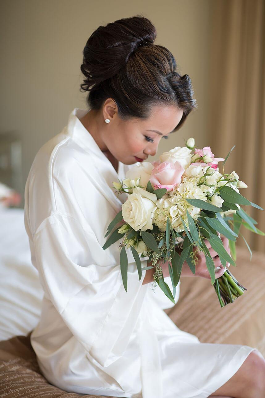 ballroom oklahoma wedding featuring tony foss flowers michelle quoc. Black Bedroom Furniture Sets. Home Design Ideas