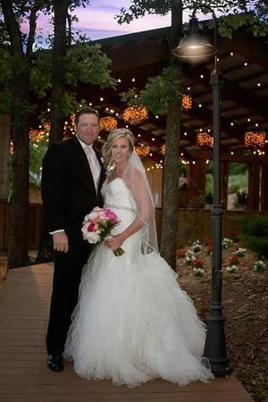 Moore Farms Rustic Weddings & Event Barns - Oklahoma Wedding Venues