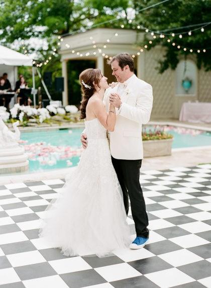 Meg Weir And Matt Payne S Whimsical Parisian Garden Wedding