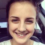 Headshot Katie