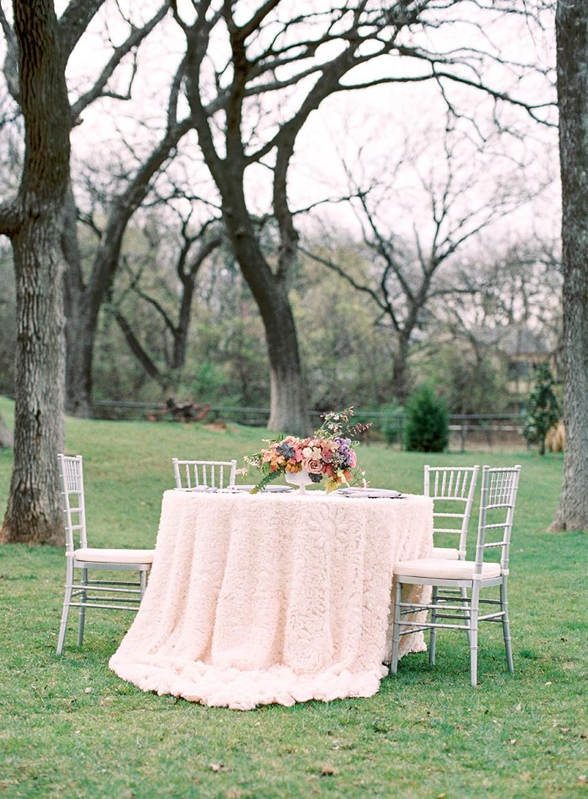 French-Countryside-Wedding-Inspiration-Oklahoma-Wedding-Photographer-Kristen-Edwards-Photography-Oklahoma-Wedding-Planner-Leslie-Herring-Events-01