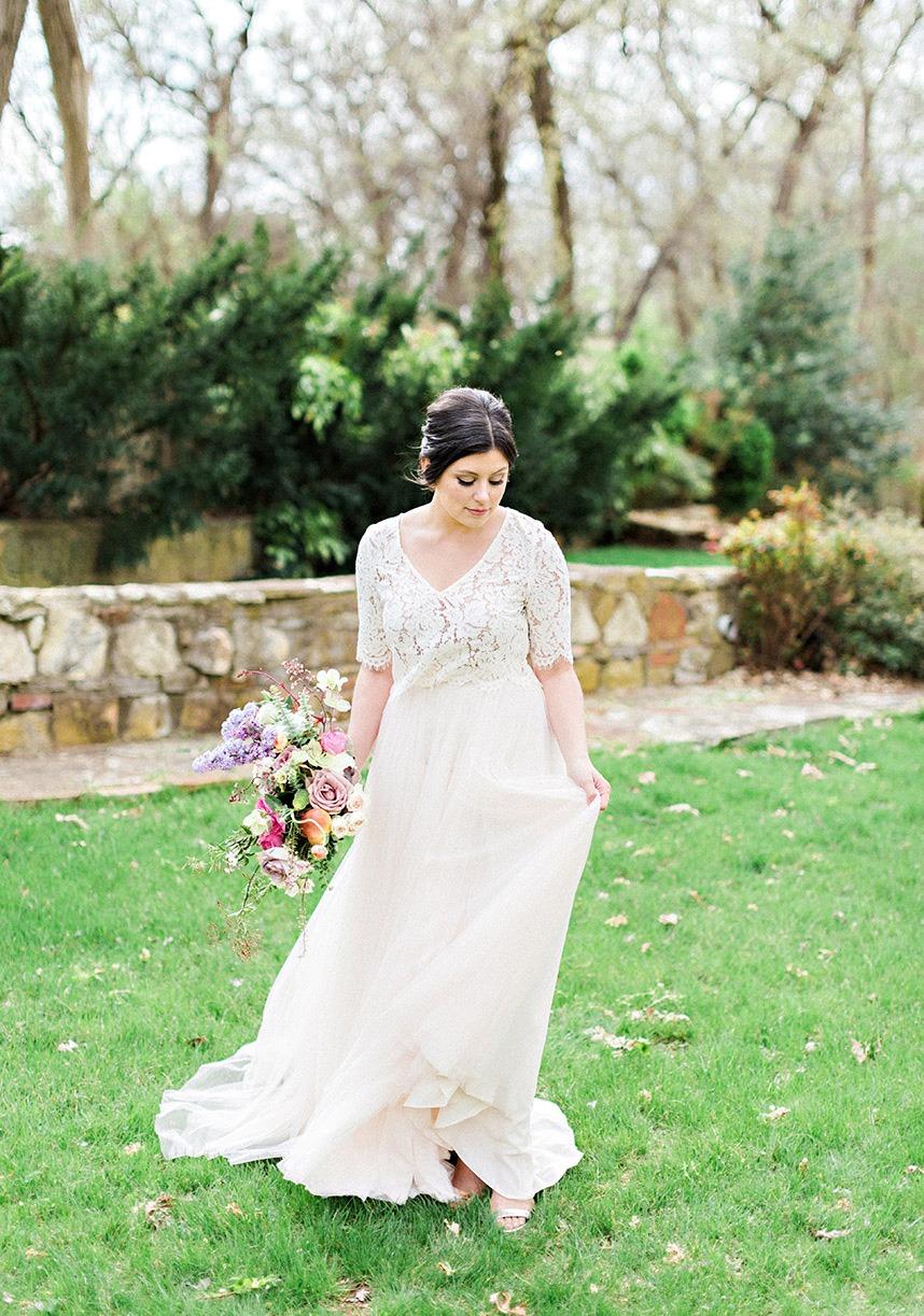 French-Countryside-Wedding-Inspiration-Oklahoma-Wedding-Photographer-Kristen-Edwards-Photography-Oklahoma-Wedding-Planner-Leslie-Herring-Events-03