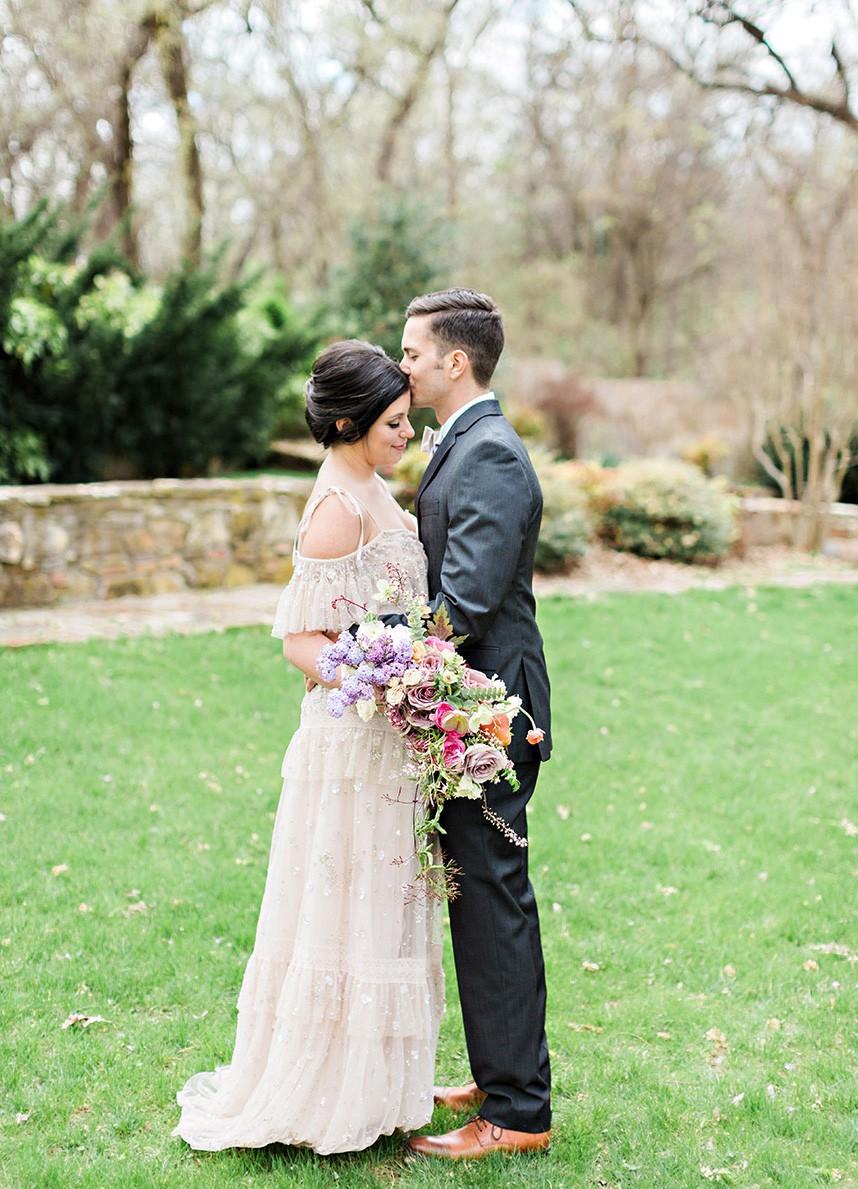 French-Countryside-Wedding-Inspiration-Oklahoma-Wedding-Photographer-Kristen-Edwards-Photography-Oklahoma-Wedding-Planner-Leslie-Herring-Events-16