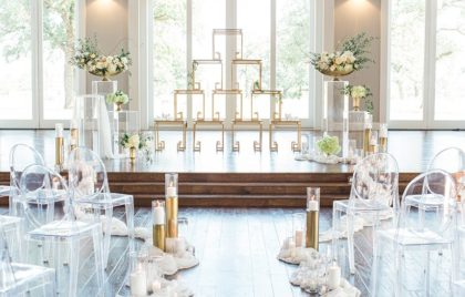 romantic altar Oklahoma wedding planner June Sixteenth Oklahoma wedding photographer Hope Photography 06