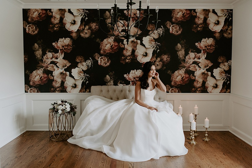 Luxe lounge wedding inspiration from paper chandelier events luxe lounge wedding inspiration oklahoma wedding planner paper chandelier events oklahoma wedding photographer peyton rainey photography aloadofball Image collections