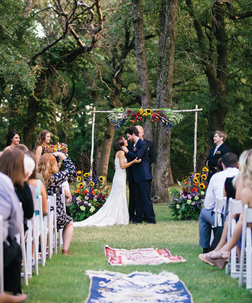 outdoor Oklahoma wedding venues