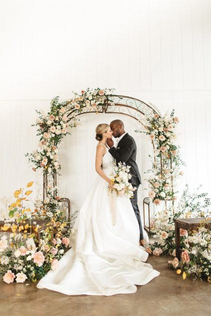 Copper-Accented Romantic Modern Wedding Styled Shoot Oklahoma Wedding Photographer Emily Nicole Photo Oklahoma Wedding Florist Anthousai Floral Design