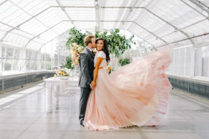 Modern Greenhouse Wedding Inspiration Oklahoma Wedding Photographer Sarah Libby Photography Oklahoma Wedding Planner Aisle Be With You