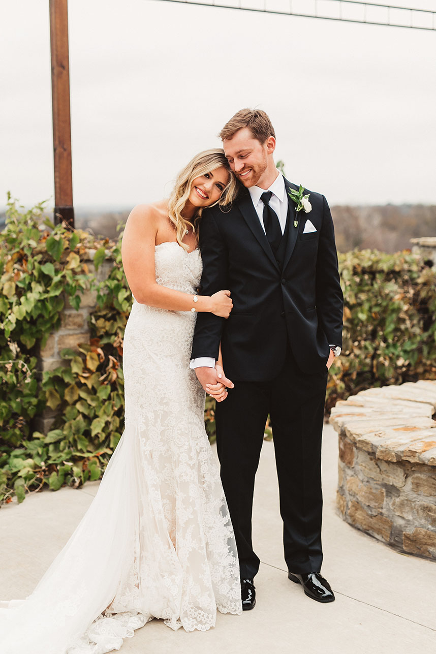Falyn Mason Weds Connor Buchman Rustic Southwind Hills Wedding Captured by Emily Nicole Photo