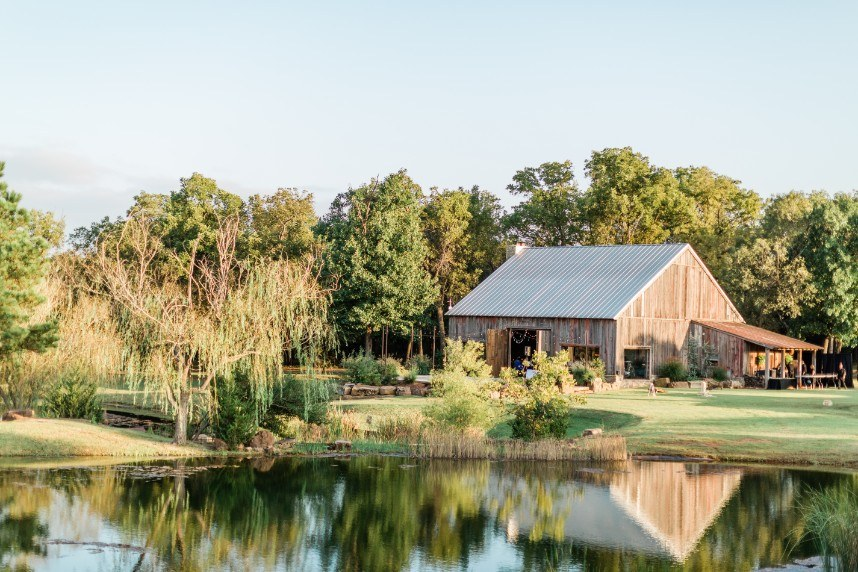 8 Must-See Rustic Venues North of OKC