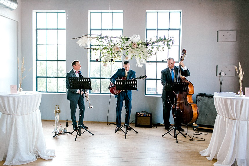 How to Make Your Wedding a Musical Success with Tips from OKC Entertainment