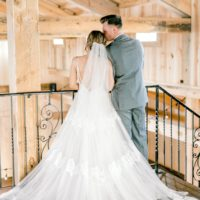 southern charm styled shoot at rustic rose barn