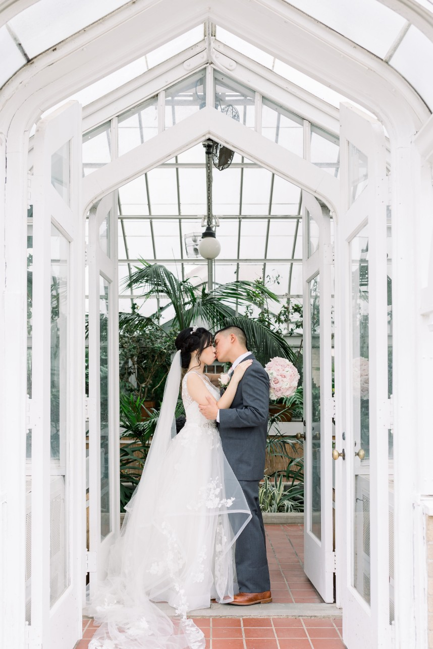 cute tulsa couple wedding