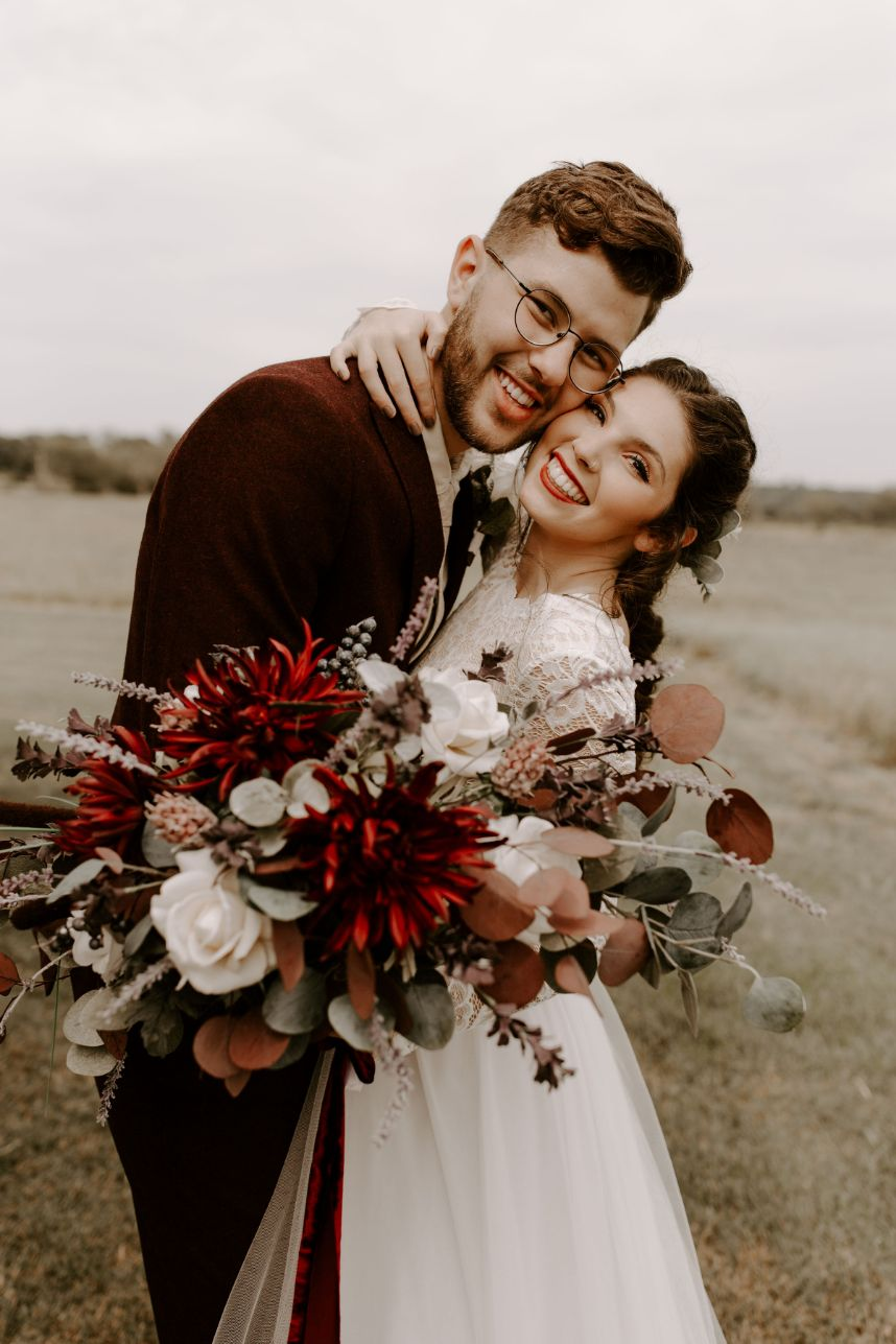 vintage crimson boho wedding