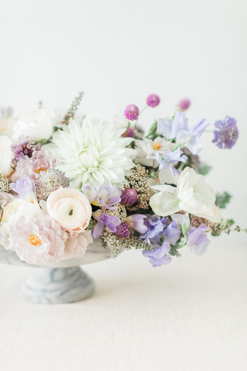These 5 Fresh Floral Arrangements from the New Issue are To-Die-For!