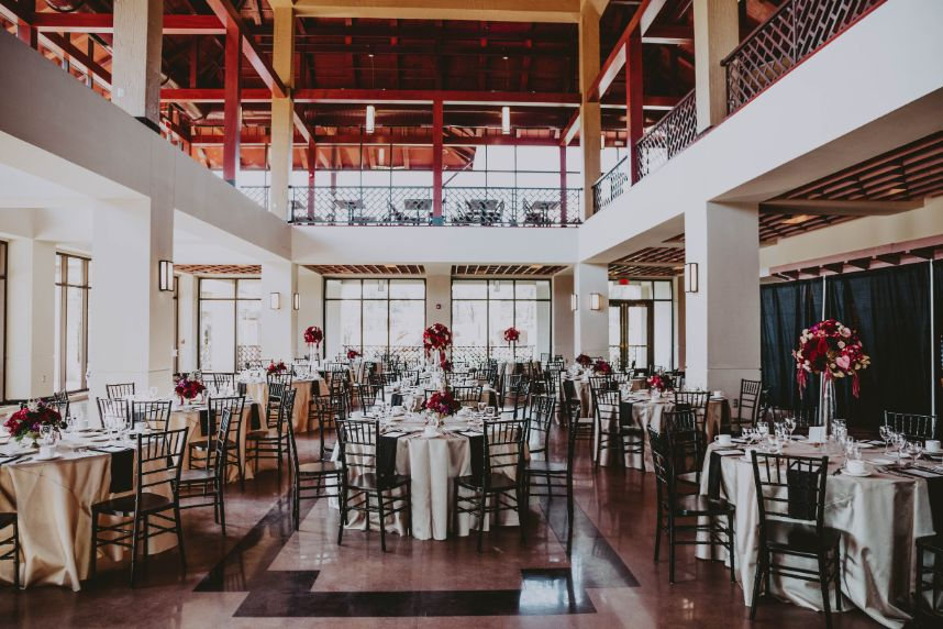 6 Unique Oklahoma Venues to Host the Most Unforgettable Wedding