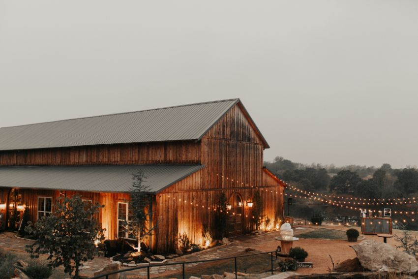 5 Rustic Venues Full of Southern Charm