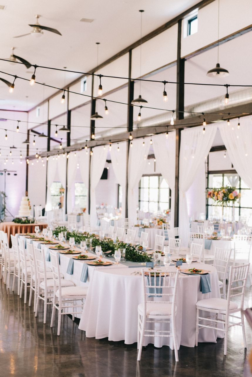 wedding head table + creating your guest list tips