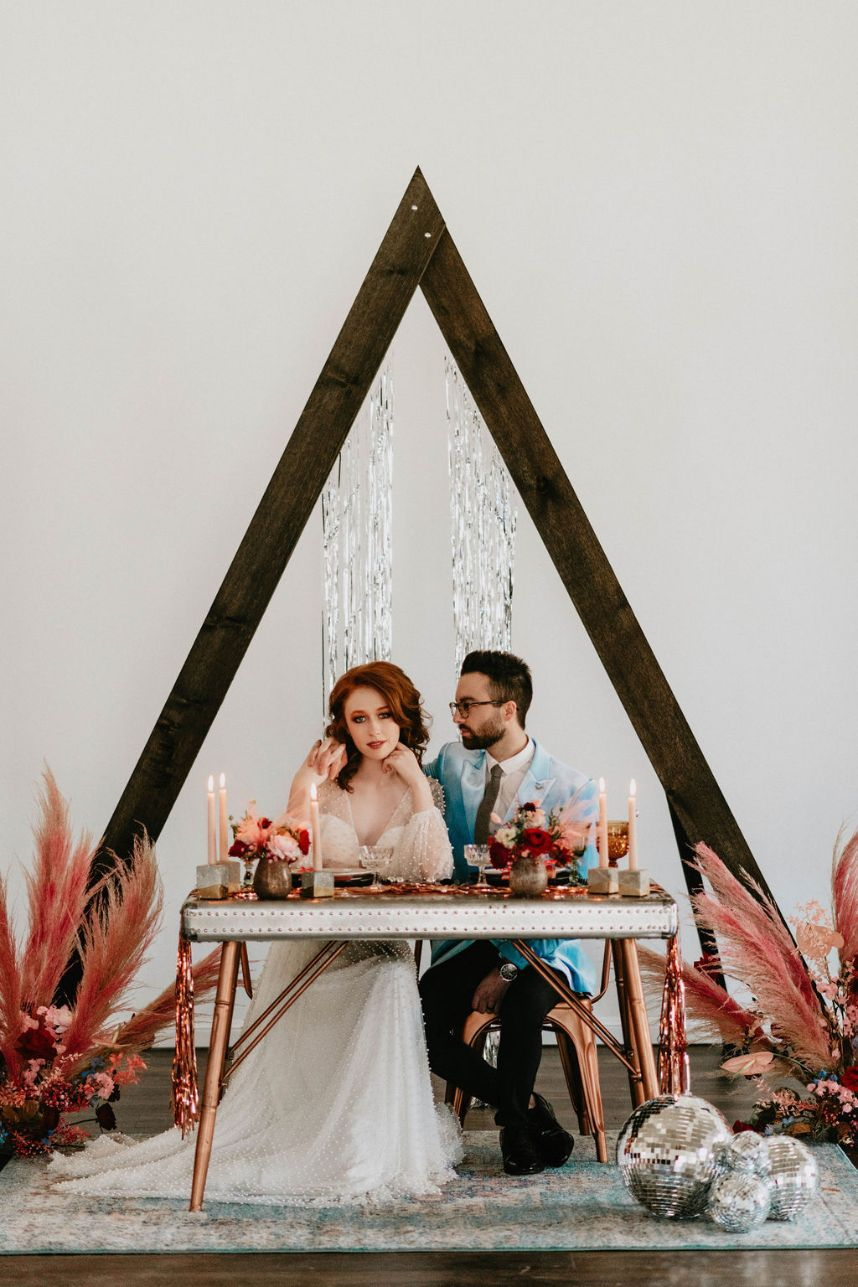 Bohemian Disco Wedding Inspiration Oklahoma Wedding Venue Sorelle The Meadow on Deer Creek Oklahoma Wedding Floral Design XO by Haleigh Kenney