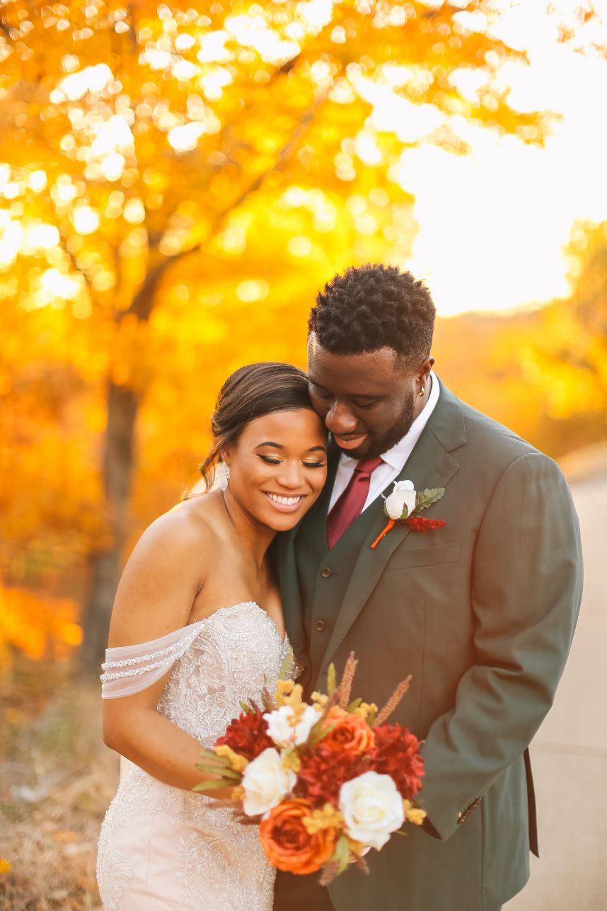 autumnal aesthetic wedding couple