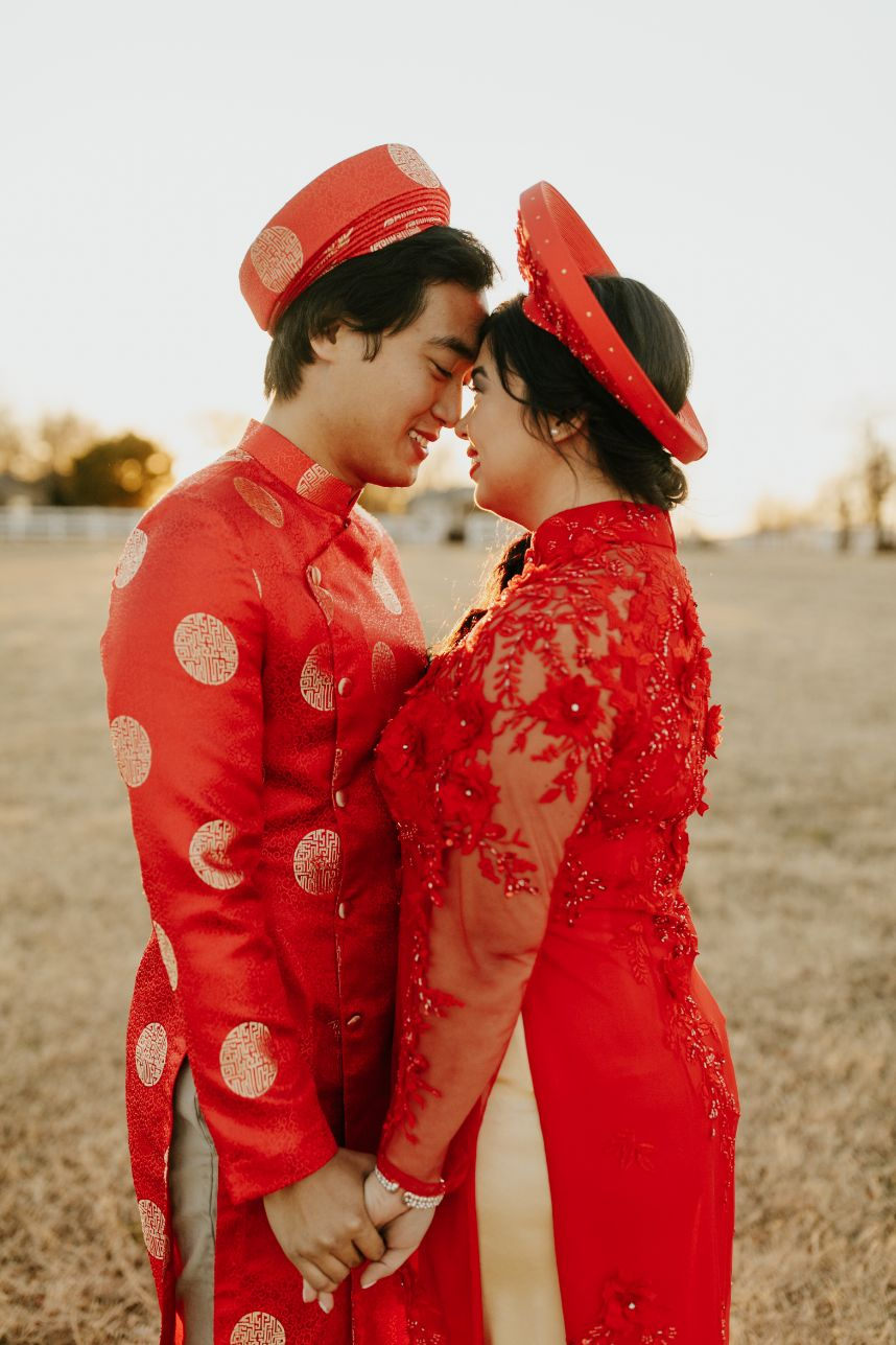 Chinese Travel Inspired wedding couple