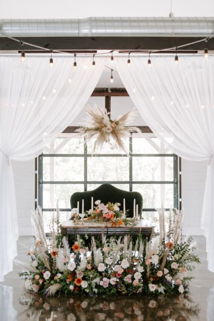Organic Elegance Wedding Inspiration Oklahoma Wedding Venue Dream Point Ranch Oklahoma Wedding Photographer Kayley Haulmark Photography