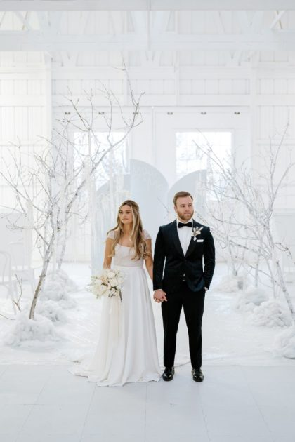 Winter Wonderland Wedding Inspiration Oklahoma Wedding Venue Aspen Ranch Oklahoma Wedding Photographer Danielle Villemarette & Co.