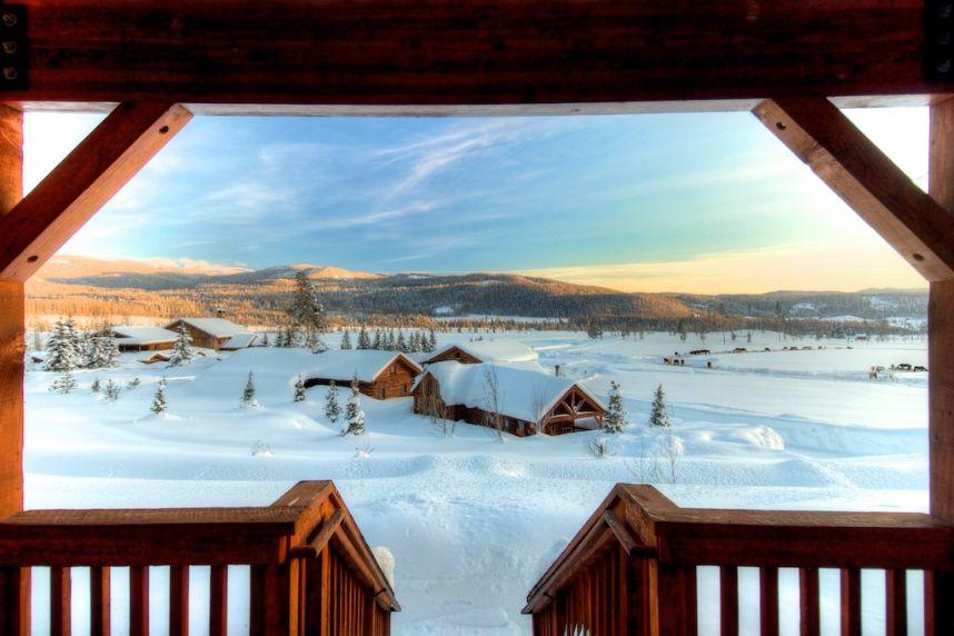 3 Dreamy Honeymoon and Destination Wedding Venues